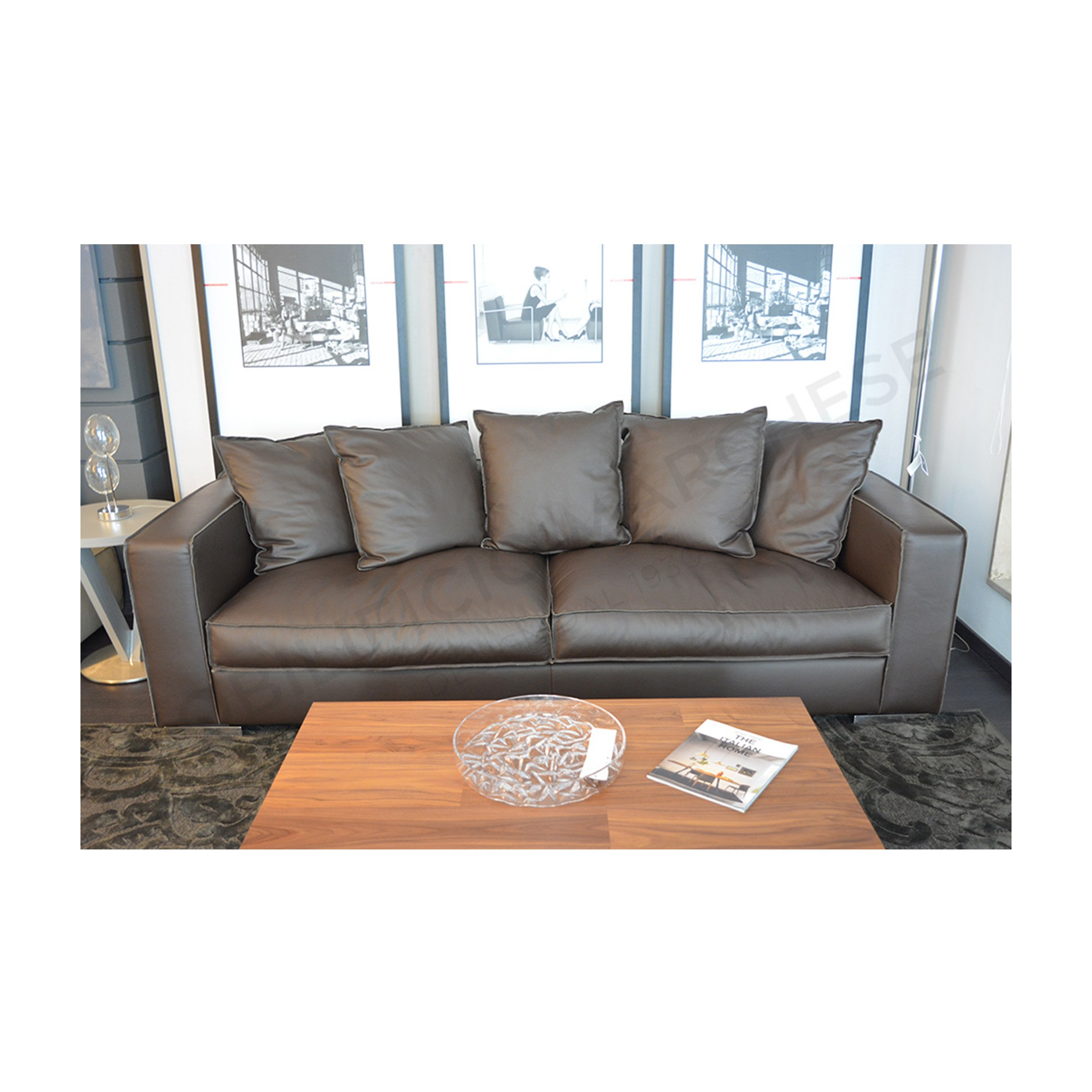 Echo sofa by Epoque Mobilificio Marchese