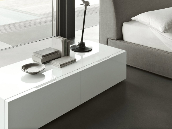 Lema Flin Bedside Table