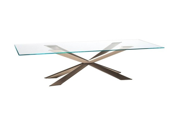 Spyder table by Cattelan:...