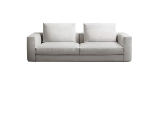 Venise sofa by Lema: strong...